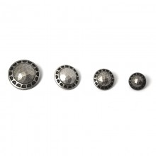 button with a metal effect in the central part
