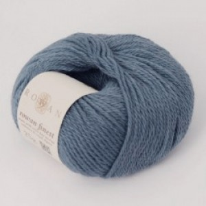 made with extra fine merino cashmere e royal alpaca